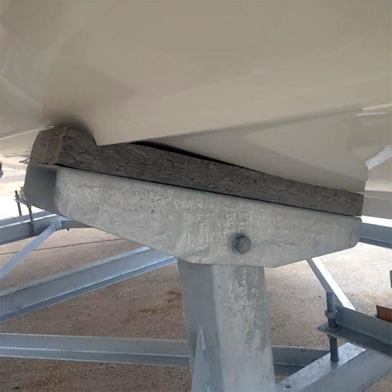 ハル受けパッドⅢ(厚み50mm)硬質ウレタンチップ・大型艇用